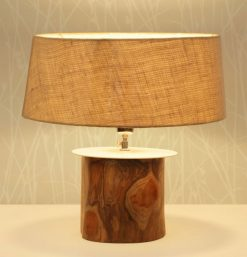Singapore decorative table lamp